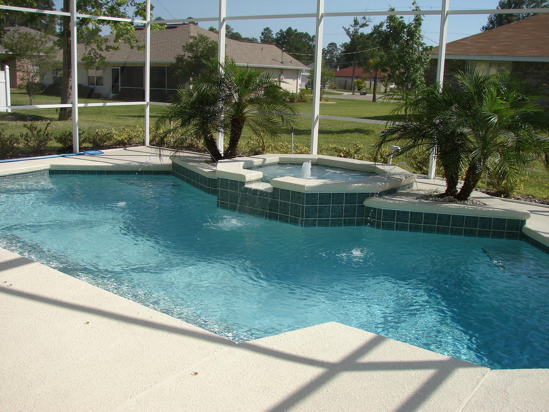 les avantages du carrelage de piscine d co du sol. Black Bedroom Furniture Sets. Home Design Ideas